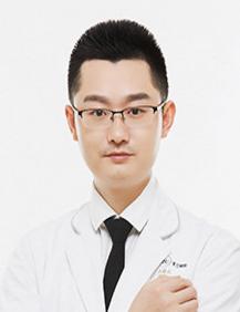 四川米兰柏羽医学美容医院双眼皮专家卢尚兵